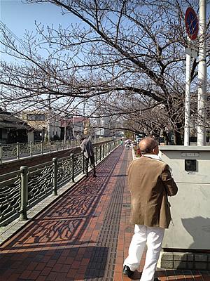 長瀬川沿いで写真講座