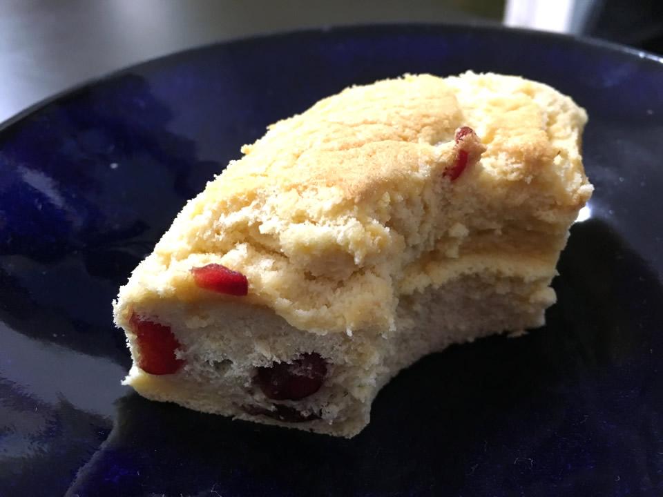 綿実油を使用したシフォンケーキ