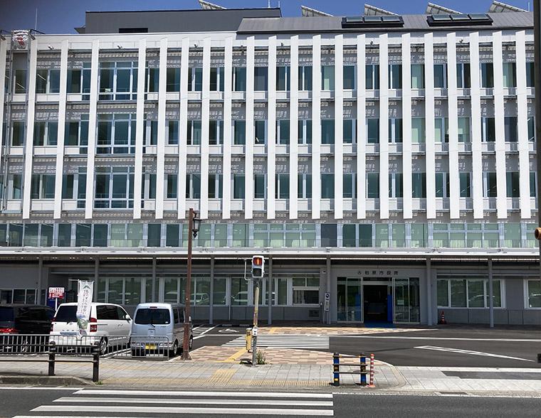 「柏原の新たなランドマークに」柏原市役所の新庁舎内覧会をリポート